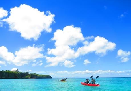 ファミリー・グループにおすすめ!無人島シーカヤック&珊瑚礁スノーケル